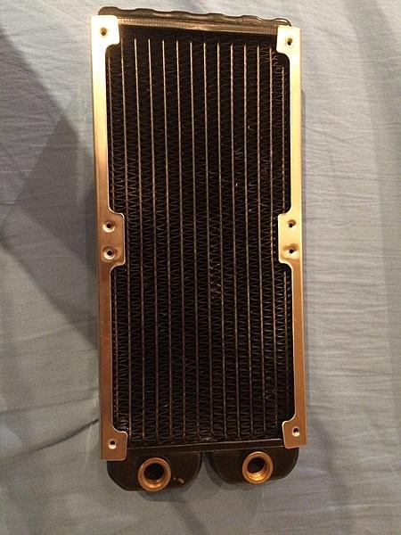 [Monza+ss] Cerco radiatore 240 slim-image1.jpg