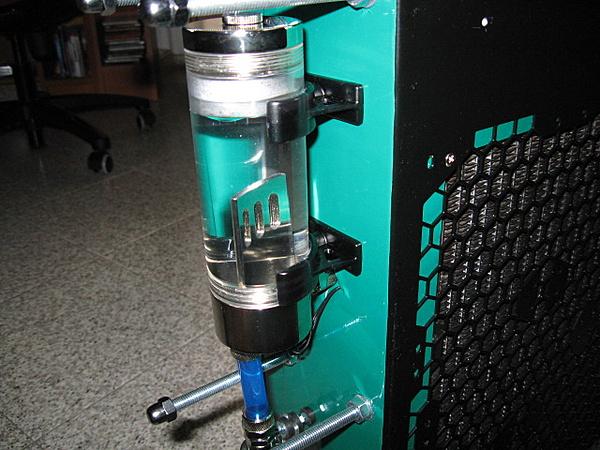 Costruzione water station-dett_vaschetta.jpg