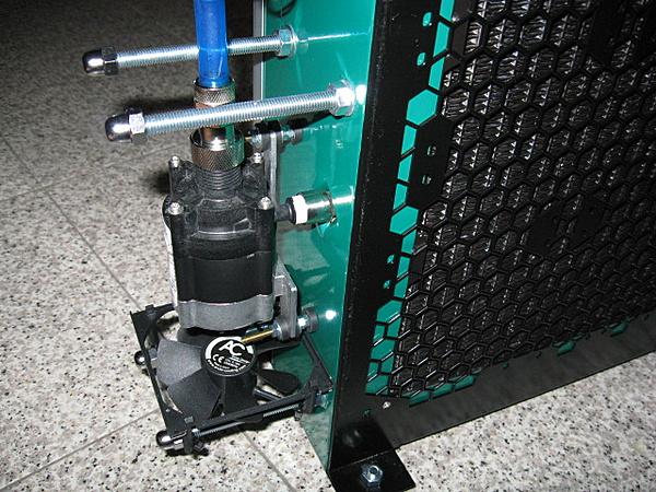 Costruzione water station-dettaglio_pompa.jpg