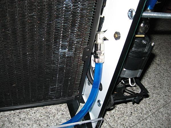 Costruzione water station-gomito_pompa.jpg