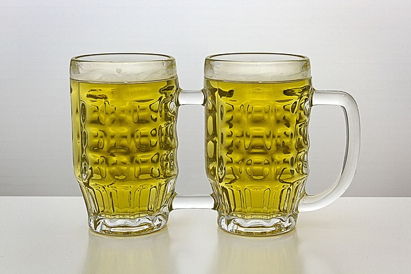 Un grande benvenuto a Kinetick come Moderatore in Cooling!-beer-mugs-joined-one-handle.jpg