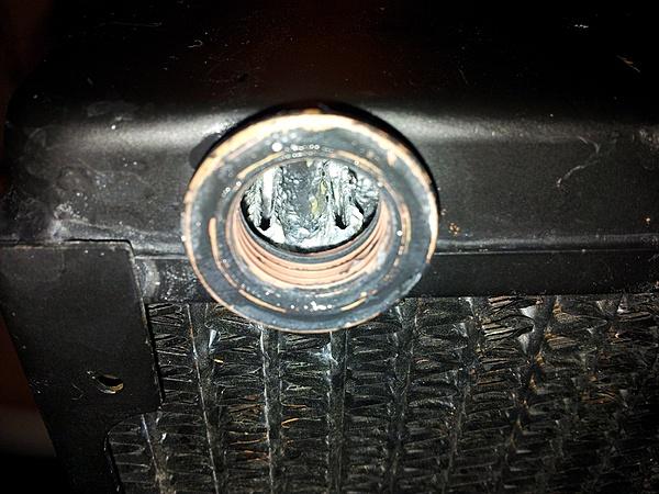 Radiatore molto sporco all'interno.... consigli??-20130807_195626.jpg