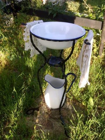 Microcool Banchetto 101 rev.3: integriamo!-lavabo-lavatoio-toeletta-catino-brocca-antico-antiquariato-20130817205108.jpg