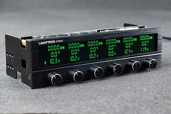 Lamptron FC5v3 Controller pompa/fan a 6 canali-1.jpg