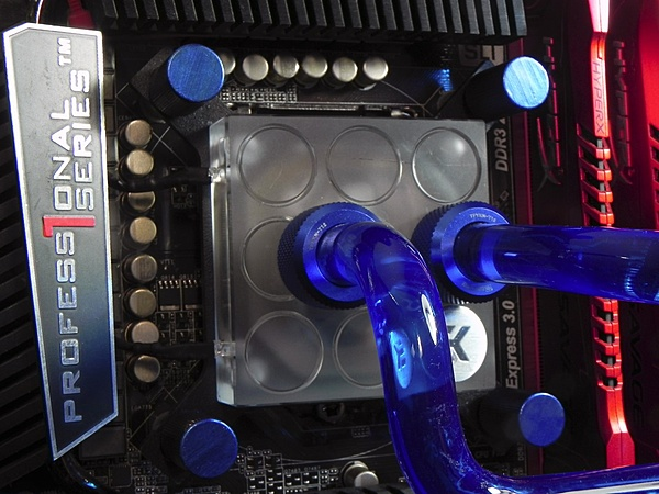[Liquid Cooling]-Thermaltake Core P5 ed integrazione tubi rigidi-3.jpg
