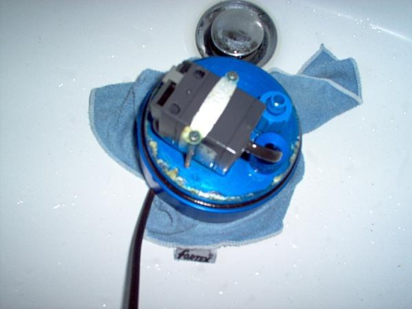 Zalman Reserator 1: primo passetto verso il water cooling :)-manutenzione_reserator_008.jpg