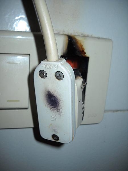 Presa elettrica bruciata!!!-dscn1024-fileminimizer-.jpg