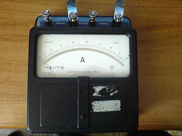 Amperometro Allocchio Bacchini mod.2724-dsc01531.jpg