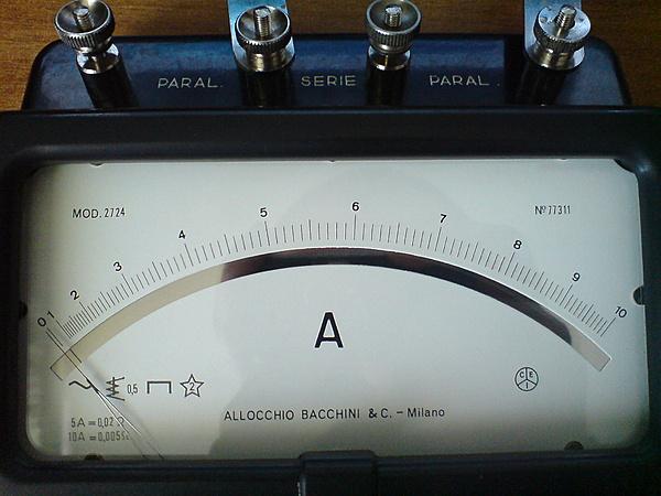 Amperometro Allocchio Bacchini mod.2724-dsc01532.jpg