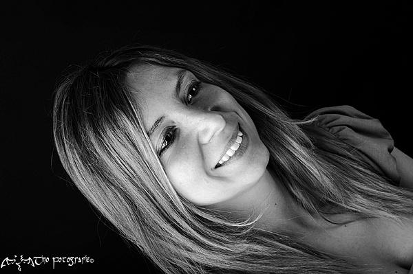 Ritratti  - Mara G.-image0123_pp_001.jpg
