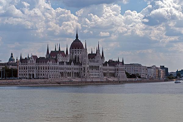 Budapest-budapest-2.jpg
