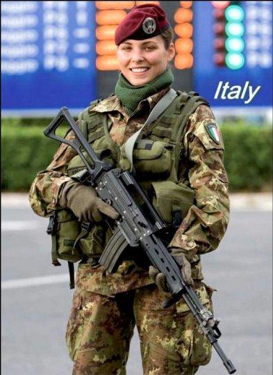 Army Women-italia.jpg
