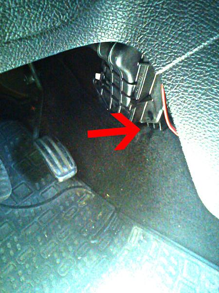 Perdite d'olio... all'interno dell'abitacolo !?? :O-peugeot_206_olio.jpg