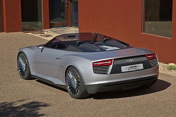 Audi e-tron Spyder-310829_10150319847106470_96585976469_8445451_872917841_n.jpg