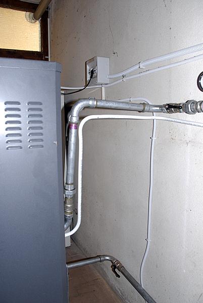 Installazione di una caldaia a pellet-_dsc0135.jpg