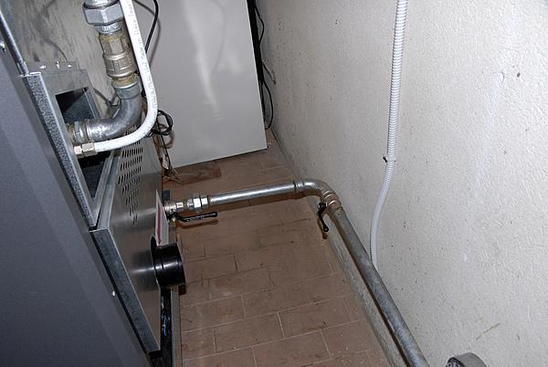 Installazione di una caldaia a pellet-_dsc0153.jpg