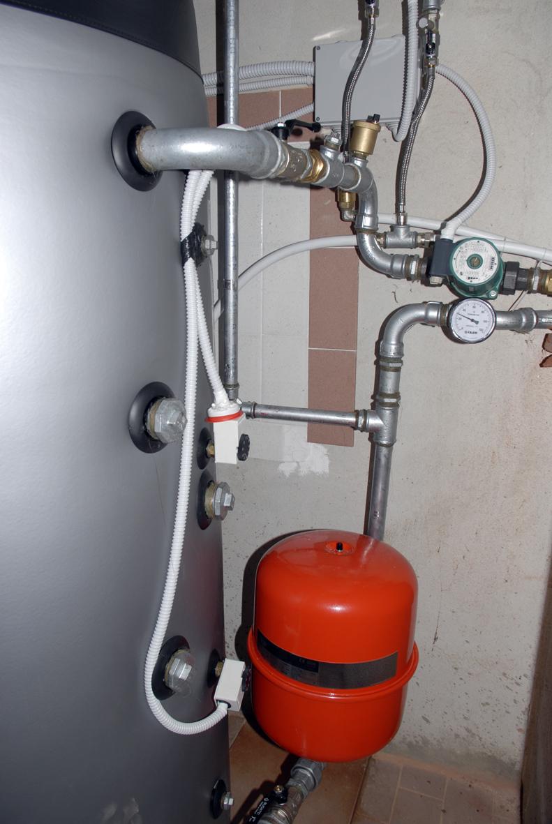 Installazione di una caldaia a pellet for Temperatura acqua termosifoni