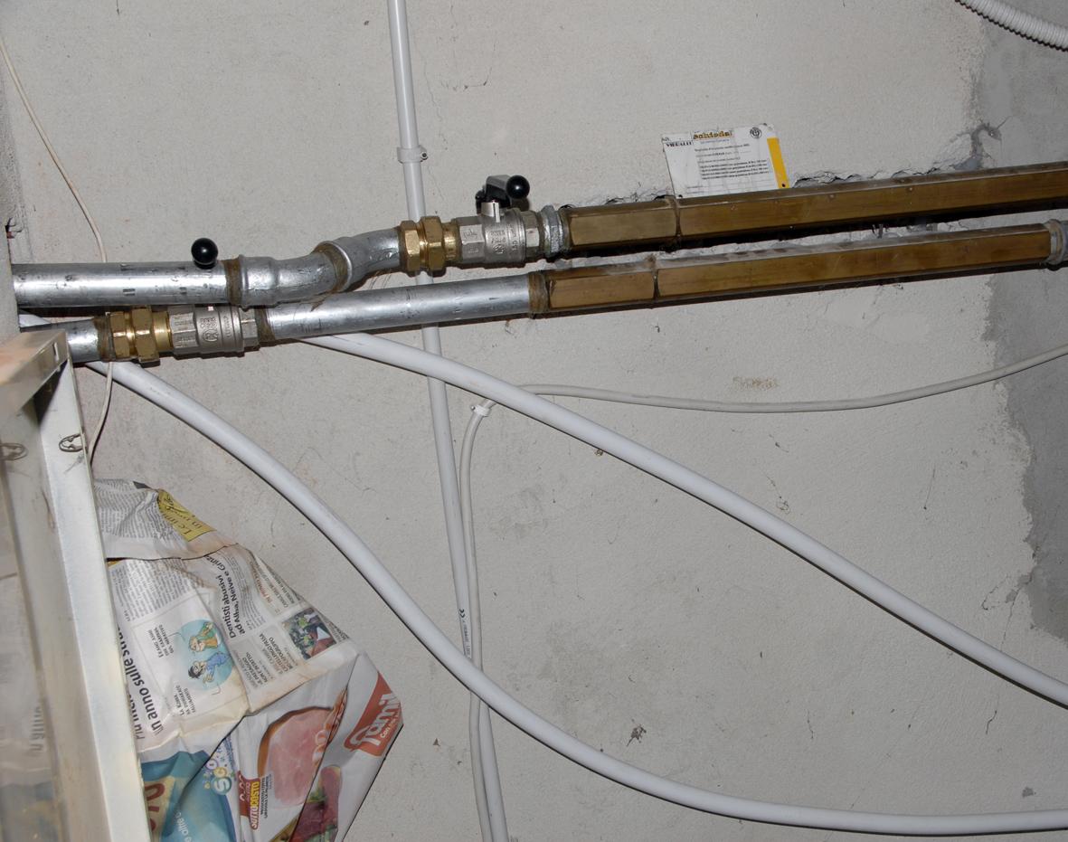 Installazione di una caldaia a pellet - Stufa a pellet per termosifoni ...