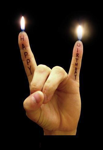 Buon compleanno...-happy_birthdayhand.jpg