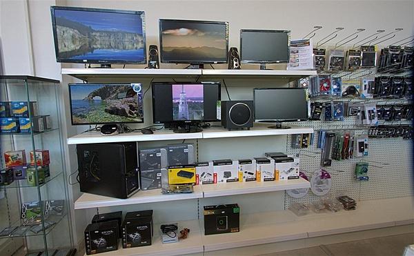 Invito per inaugurazione nuovo punto vendita di Tecno Computer-shop-tc-4.jpg