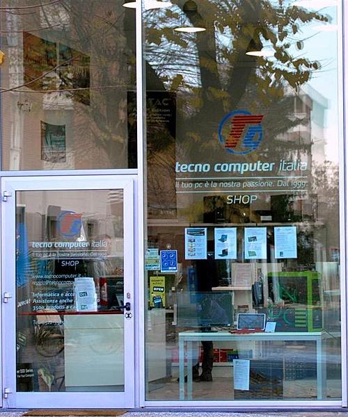 Invito per inaugurazione nuovo punto vendita di Tecno Computer-shop-tc.jpg