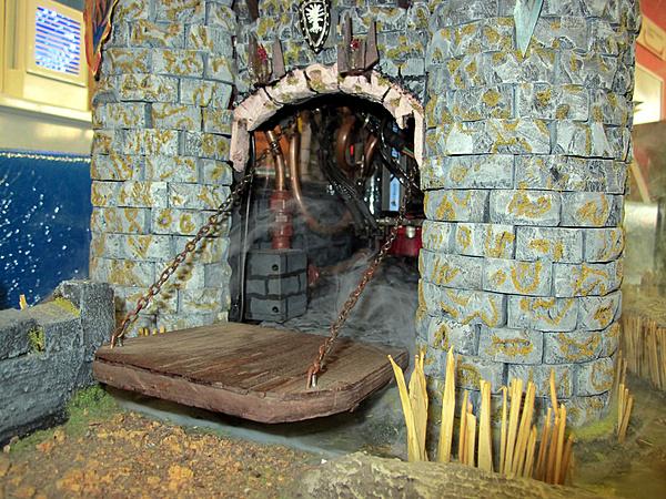 "M.O.M.I.C. Gonzaga 2012 - Resoconto ""casereccio""-castle-lord-rings-defcon-10.jpg"