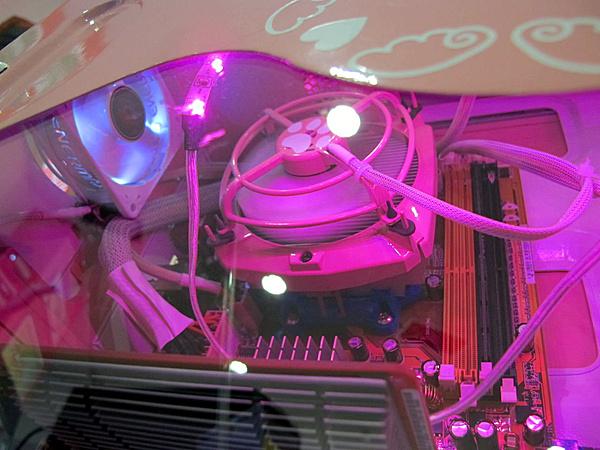 "M.O.M.I.C. Gonzaga 2012 - Resoconto ""casereccio""-pink-hello-kitty-blu-dragon-6.jpg"