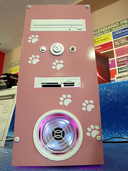 "M.O.M.I.C. Gonzaga 2012 - Resoconto ""casereccio""-pink-hello-kitty-blu-dragon-3.jpg"