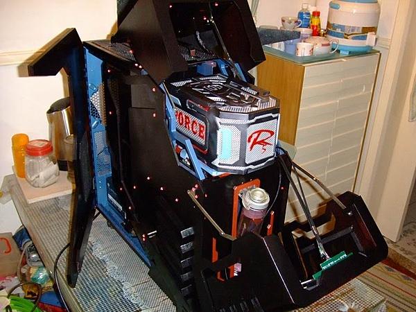 Cooler Master HAF 932 (RC-932 / RC-932-KKN5-GP / AM-932)-haf932-ranlai.jpg