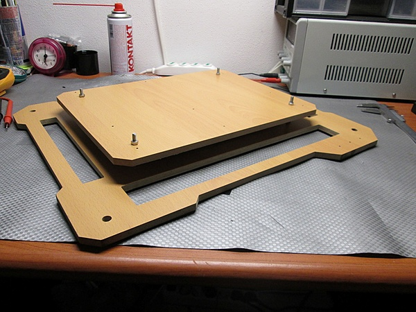 Bong313 test/bench table-img_0196.jpg