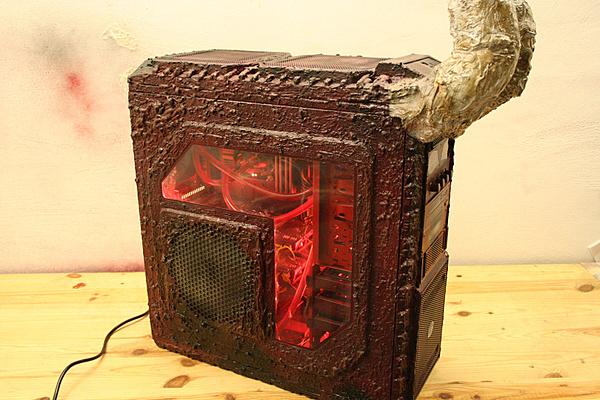 Clicca sull'immagine per ingrandirla  Nome:   Cooler Master HAF X MOD - Diabolo by Luciel.jpg Visite: 1609 Dimensione:   309.0 KB ID: 35395
