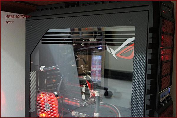 "Clicca sull'immagine per ingrandirla  Nome:   Cooler Master HAF X RC-942-KKN1 Modding ""AMD"" by mav2000.jpg Visite: 1017 Dimensione:   269.7 KB ID: 35397"