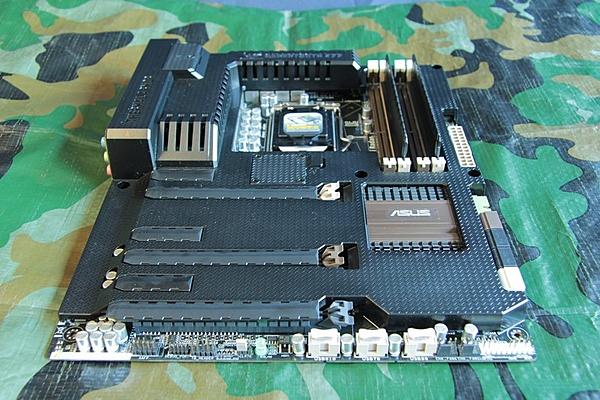 Asus Sabertooth Z77 /  Maximus V Gene + Intel I7 3770k-img_2212.jpg
