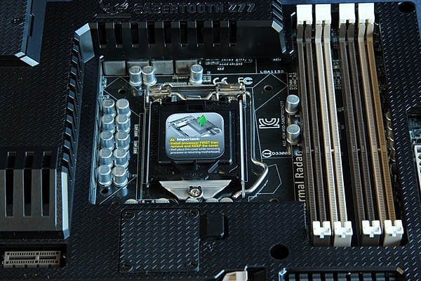 Asus Sabertooth Z77 /  Maximus V Gene + Intel I7 3770k-img_2198.jpg