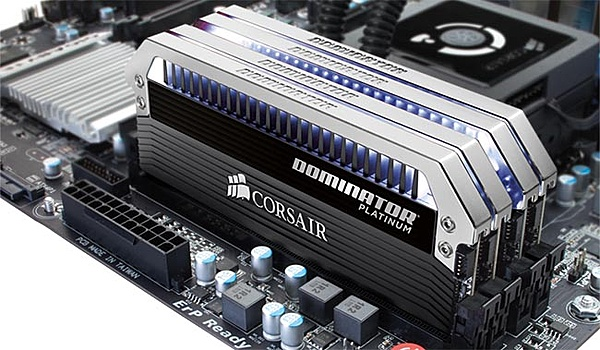 (CA+sp) Corsair Dominator Platinum 16GB (4X4GB) 2133MHz (OC a 2400 MHz)-dom_pt_x4_c.jpg