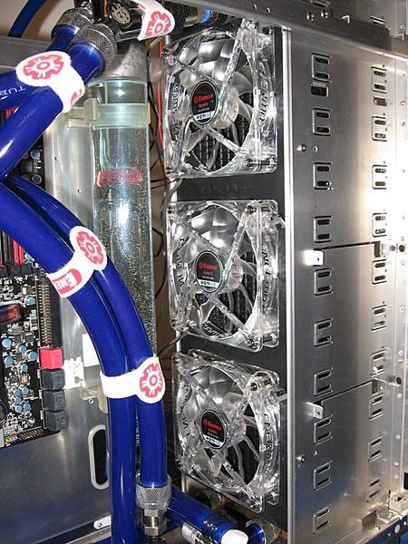 (Pd)vendo case Lin li a77 con radiatore tfc monsta-20100111175727_img_0036.jpg