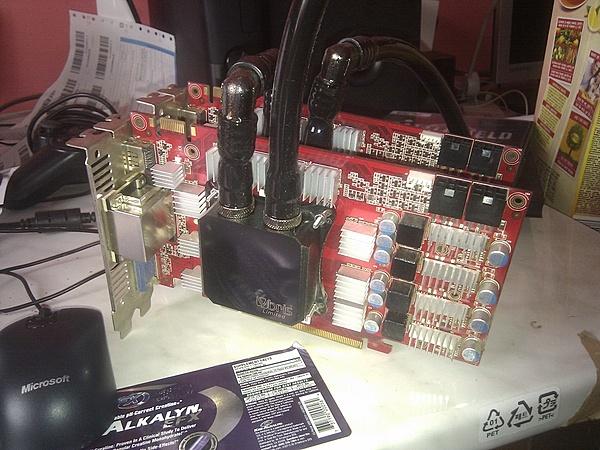 i7 2600k, Sabertooth p67, SSD Agility 3, 8gb ram 2133 e altro ancora...-img_20130405_143807.jpg