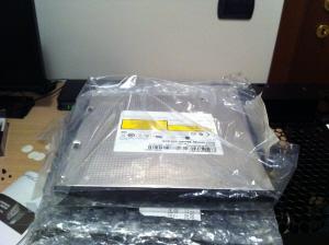 [lo+sped] cpu cooler koolance 370SA +un paio di altre cosette-dvd.jpg