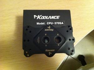 [lo+sped] cpu cooler koolance 370SA +un paio di altre cosette-koolance-top-1.jpg