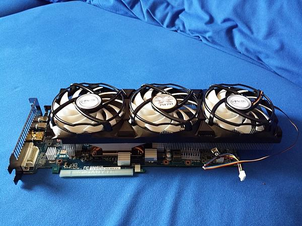 [VI+SPED] Gigabyte Radeon HD 7970 GHz edition con dissipatore accelero extreme-20130707_131028.jpg