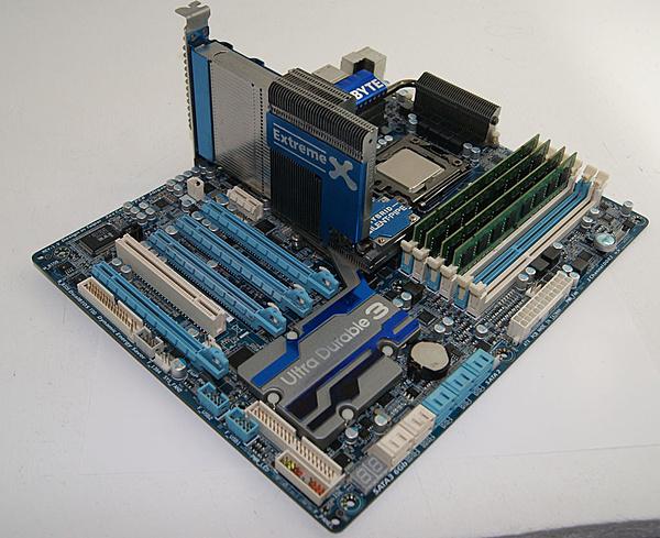 [Ca+sp] Gigabyte X58A-UD7 + Intel I7 980X + RAM 4x4 GB DDR3-dsc05293.jpg