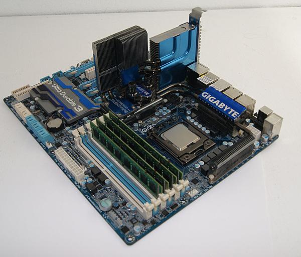 [Ca+sp] Gigabyte X58A-UD7 + Intel I7 980X + RAM 4x4 GB DDR3-dsc05294.jpg