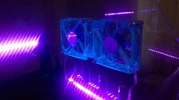 [VI] Banchetto Tecnofront raven + teca plexi con luci UV-wp_20140320_013.jpg