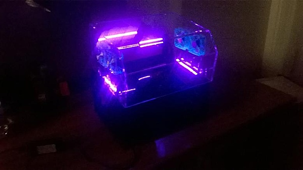 [VI] Banchetto Tecnofront raven + teca plexi con luci UV-wp_20140320_015.jpg