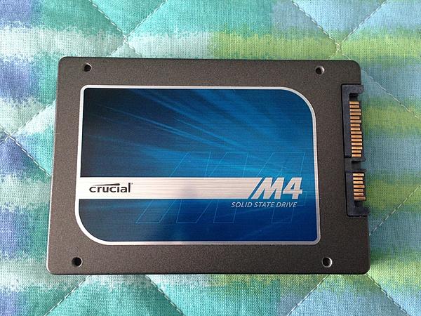 [MB+SS] Crucial M4 256 GB-img_2676.jpg