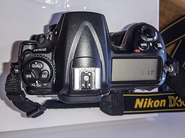 [LU-PI-MS+s.s.] Nikon D300 + Obiettivi ed Accessori-wp_20141029_13_24_56_raw__highres-come-oggetto-avanzato-1-copia-copia-.jpg