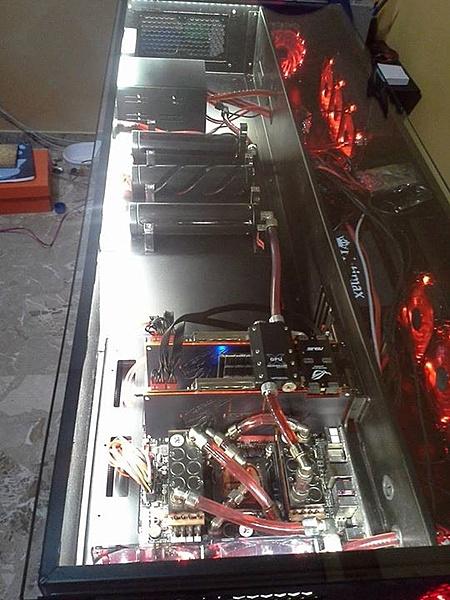 [Pe + ss] Vendo Desk-case (da me costruita)-10314712_10205693743209144_3700413842118279227_n.jpg
