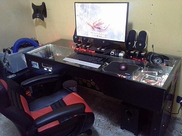 [Pe + ss] Vendo Desk-case (da me costruita)-10846450_10205693789450300_7293365160083126387_n.jpg