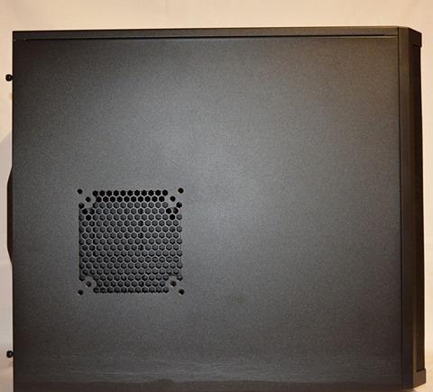 [Chivasso - Torino] Vendo case Fractal Core 3300-fract1.jpg