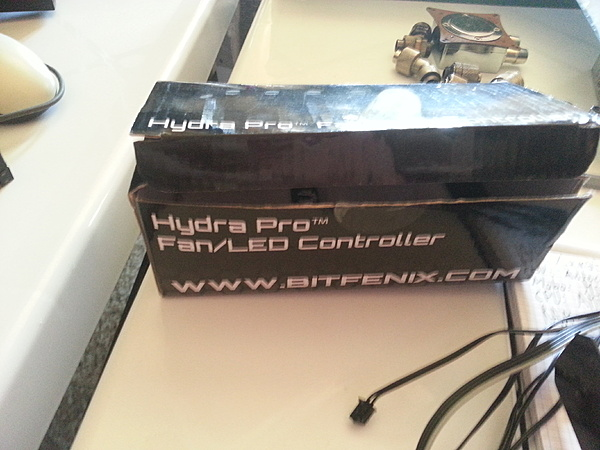 "[VA+SS] BitFenix Recon Fan Controller ""NUOVO""-uploadfromtaptalk1431173014782.jpg"